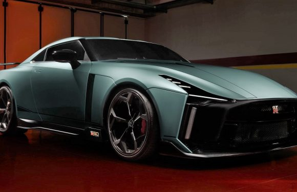 Nissan GT-R50 by Italdesign (видео)