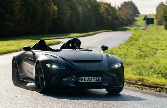 Aston Martin V12 Speedster (фото галерија)