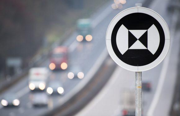 Дали знаете што значи овој сообраќаен знак?