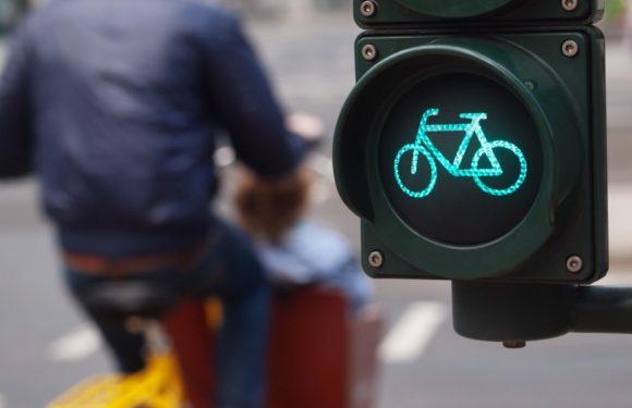 Зелено за велосипедистите, црвено за автомобилите