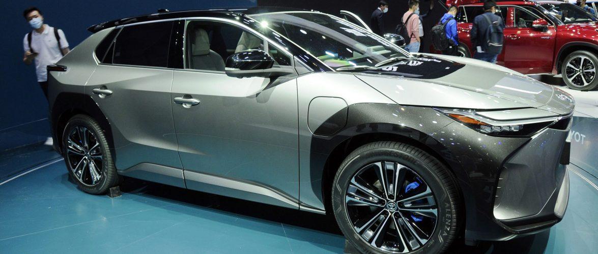 Toyota bZ4X со управување преку жица