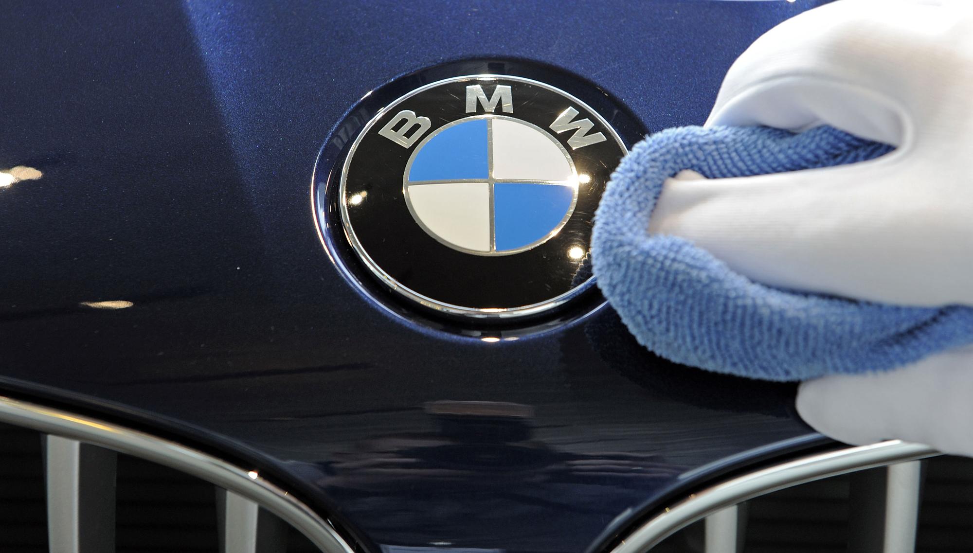 BMW ги намалува трошоците за производство за 25%
