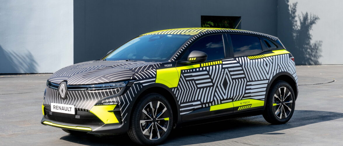 Renault MeganE, уште два месеца